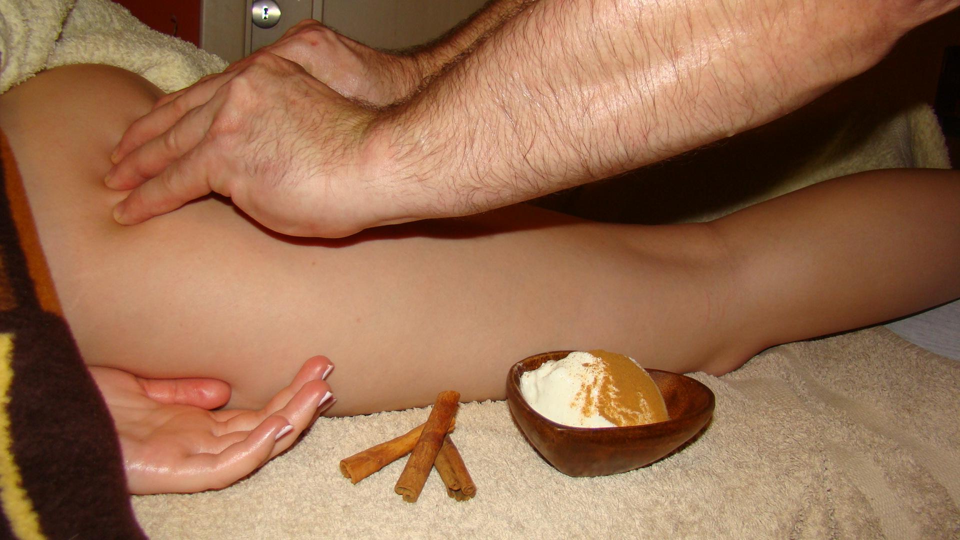 Антицеллюлитный массаж с оберткой