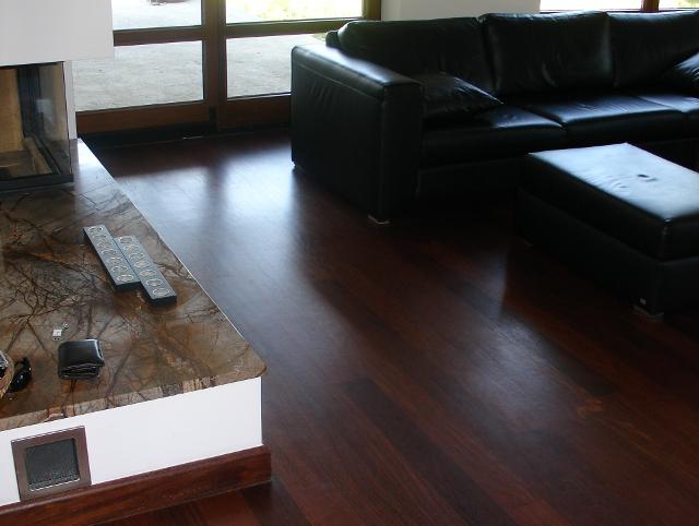 Dřevěná podlaha Sucupira