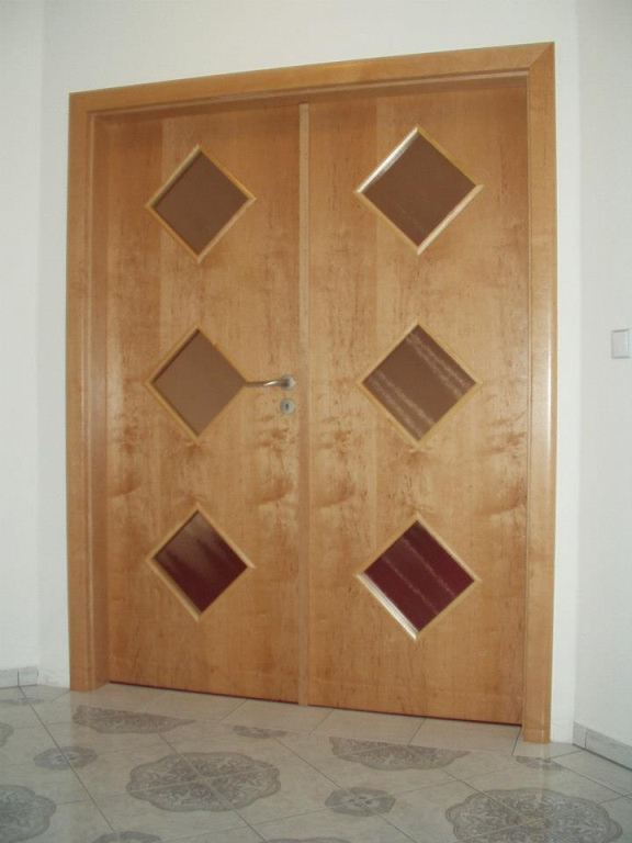 Dveře - TOJA - VOCHOV, s.r.o.