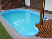 Oválný zapuštěný bazén, betonovaný foliový bazén