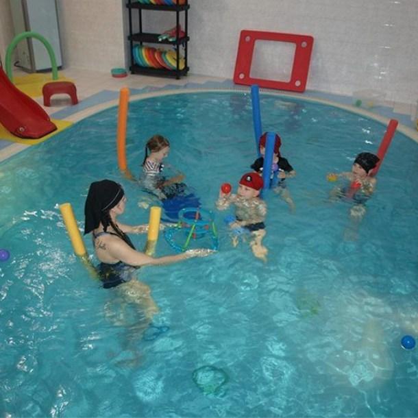 děti samostatně - instruktorka Ivetka