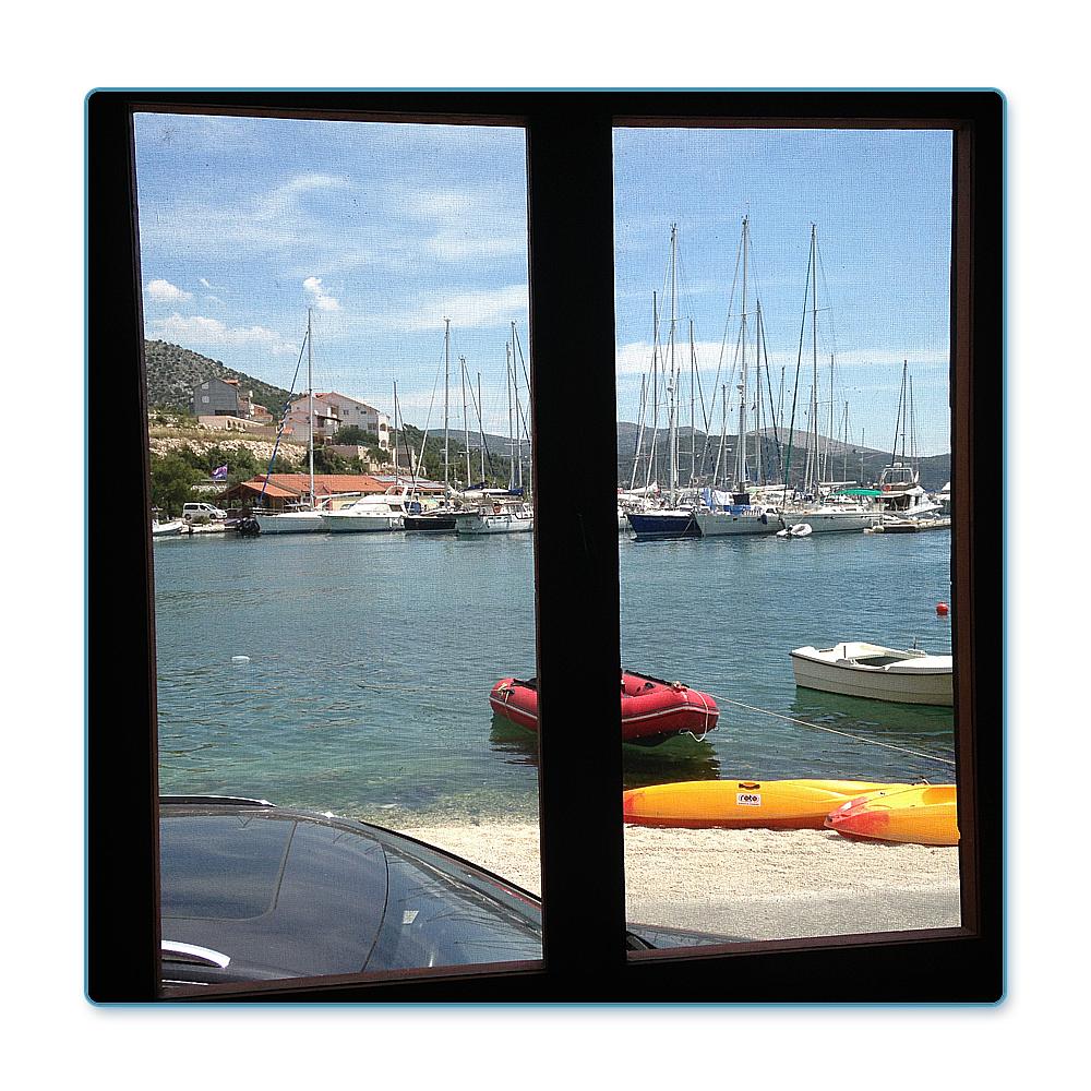Mar 107 domek v první řadě, Trogir