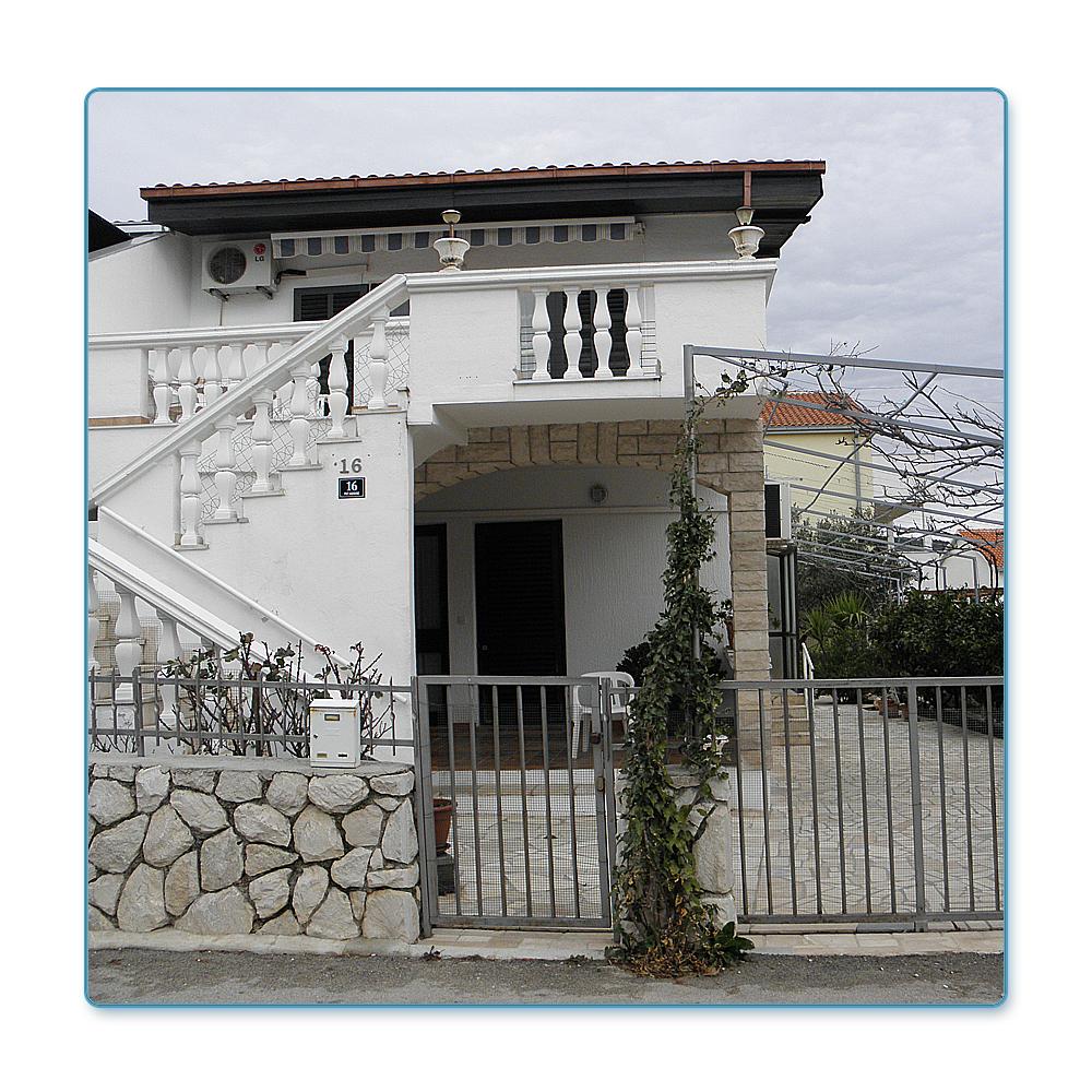 Ci 163 domek, ostrov Ciovo
