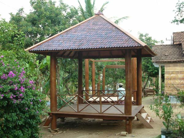 Free Gazebo Bird Feeder Plans For Do It Yourself Wood