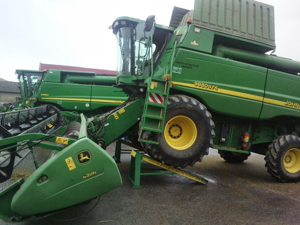 zemědělská technika trpák
