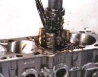 výbrus motoru