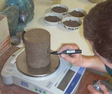 Zkušební laboratoř mechaniky zemin