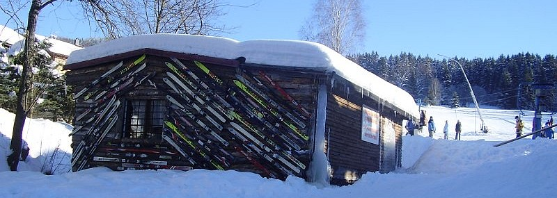 Ski facilities lending office