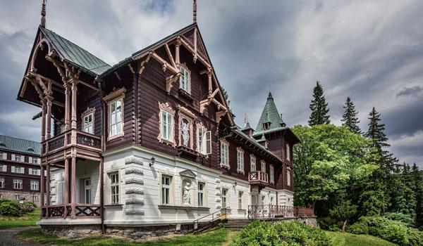 Horské lázně Karlova Studánka - Lázeňská Vila Vlasta