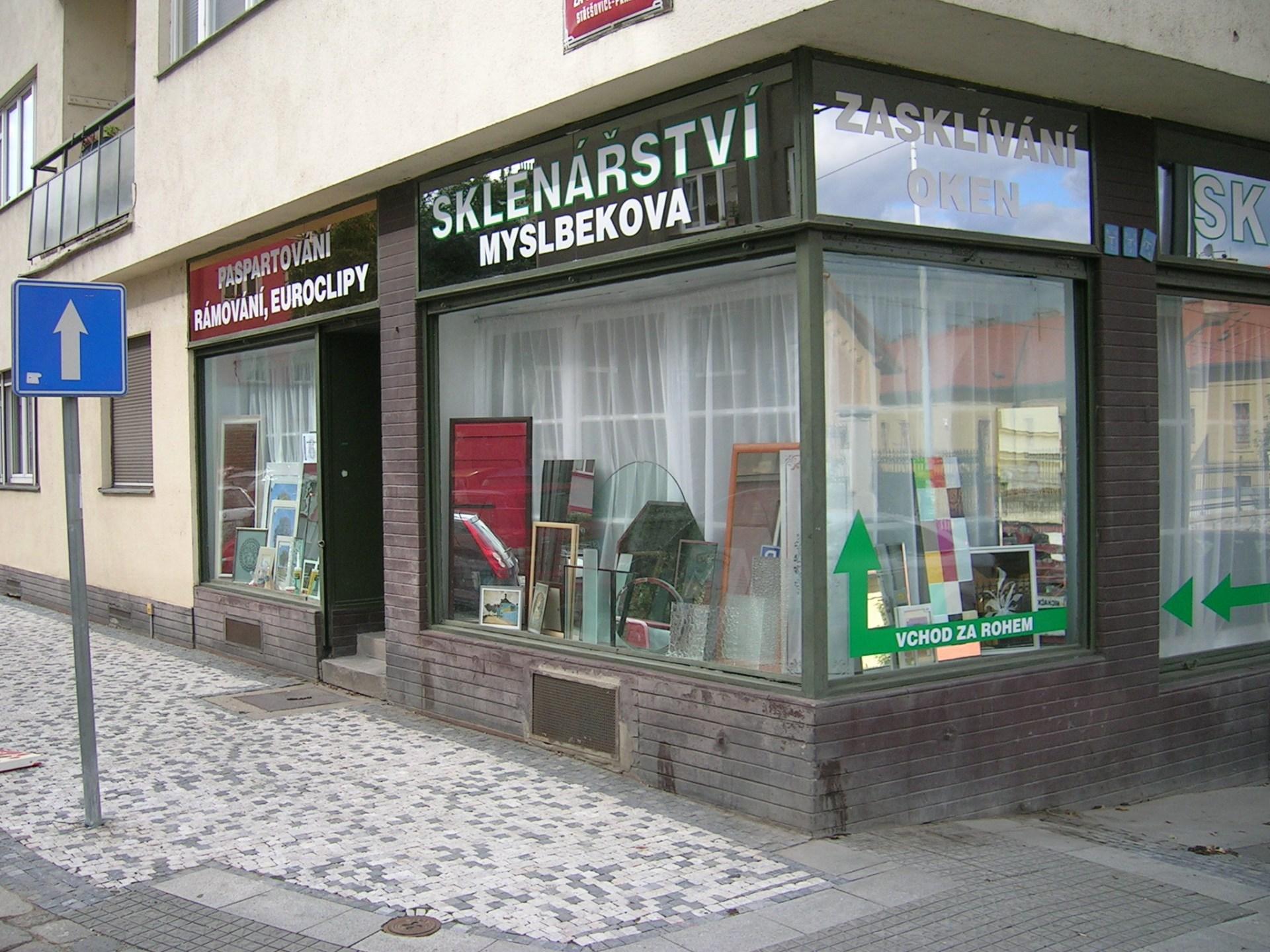 Foto sklenářství Myslbekova 1.