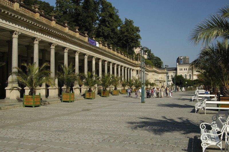 Foto kolonády v Karlových Varech