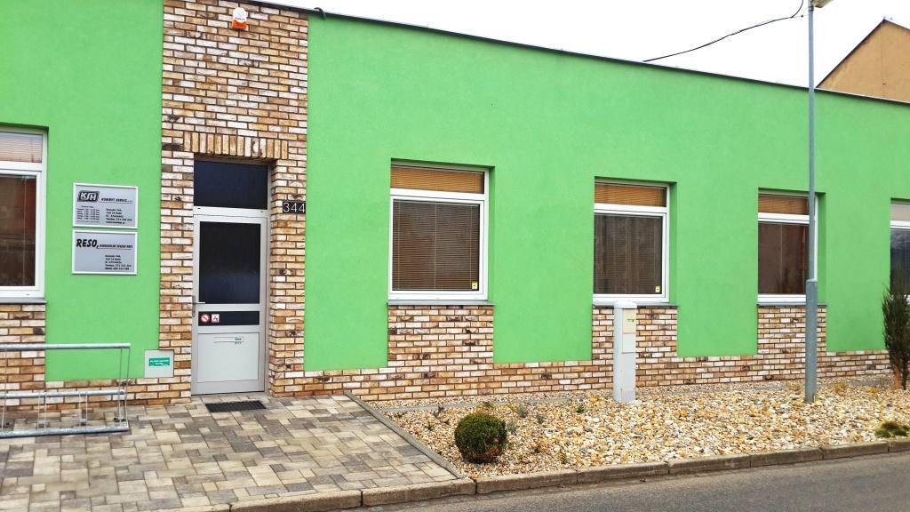 Hulín, Kombyt servis - kancelář