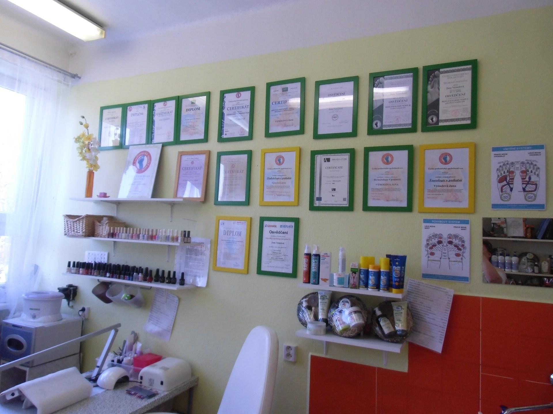 foto vystavených certifikátů