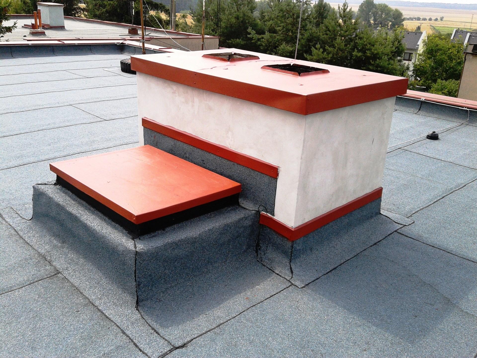 Plochá střecha, komín