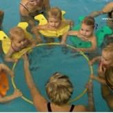 plavání rodičů s dětmi v rybičkách s instruktorkou