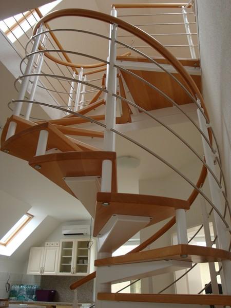 vřetenové schodiště Jap 150