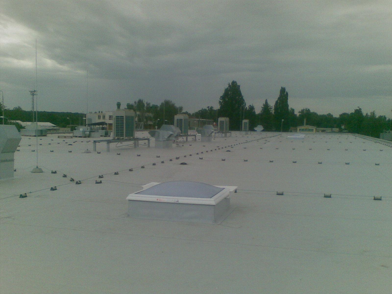 hromosvod na rovné střeše
