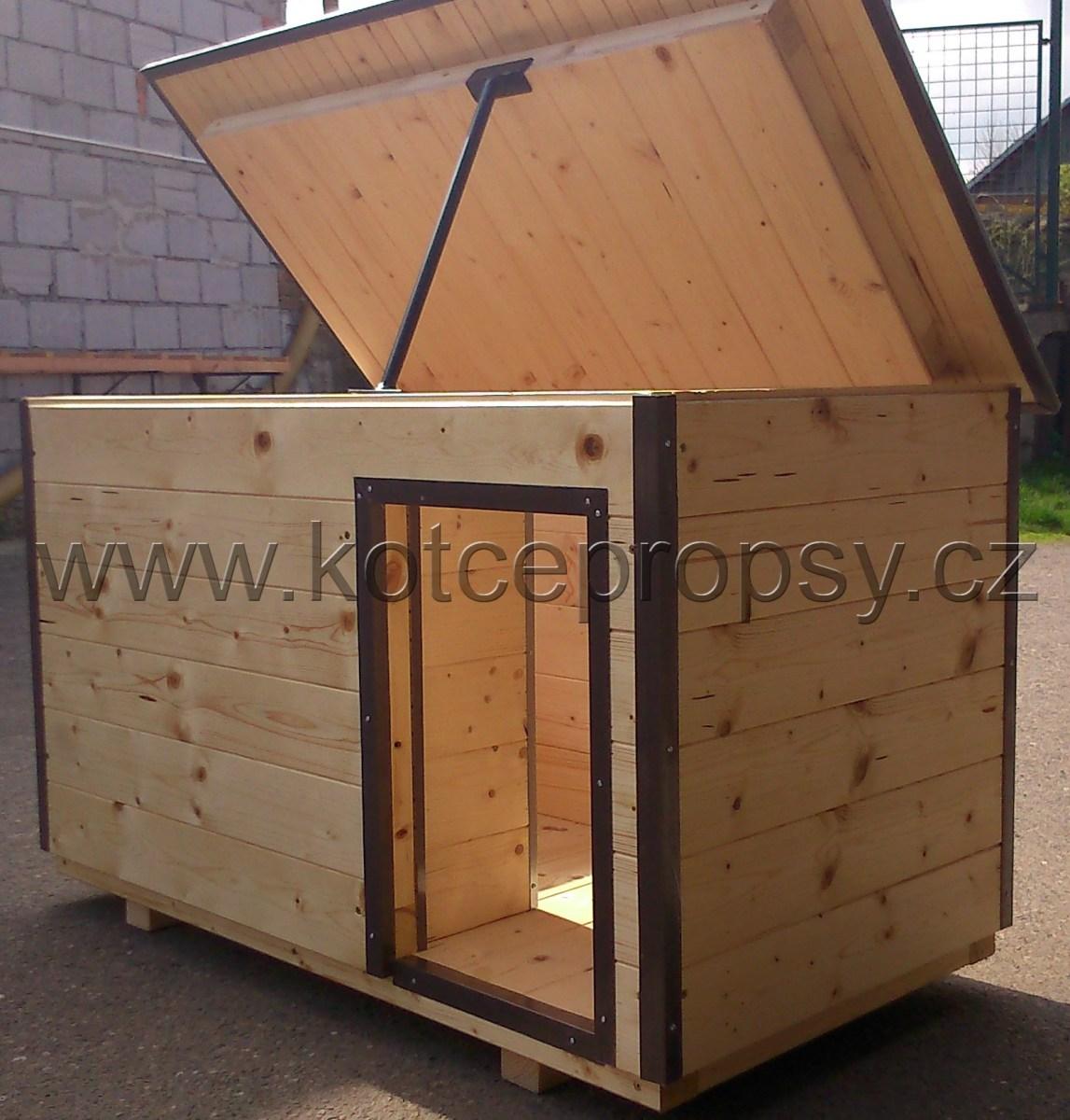 Oplechování boudy pro psa lakovaným plechem