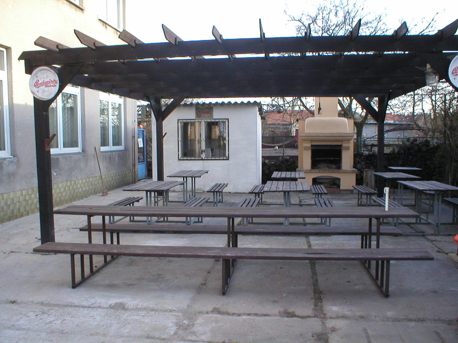 Hotel Bezucha zahradní restaurace