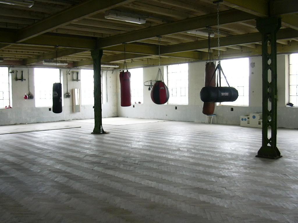 Prostory Kanoly pro tréninky boxu